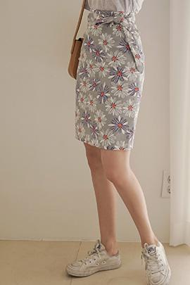 tin, skirt