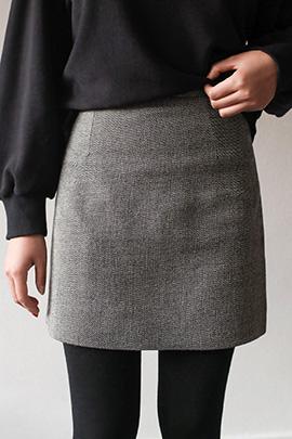 go back, skirt