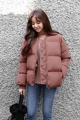 pink miyu, jumper