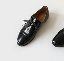nicola, shoes