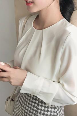shirring round, blouse