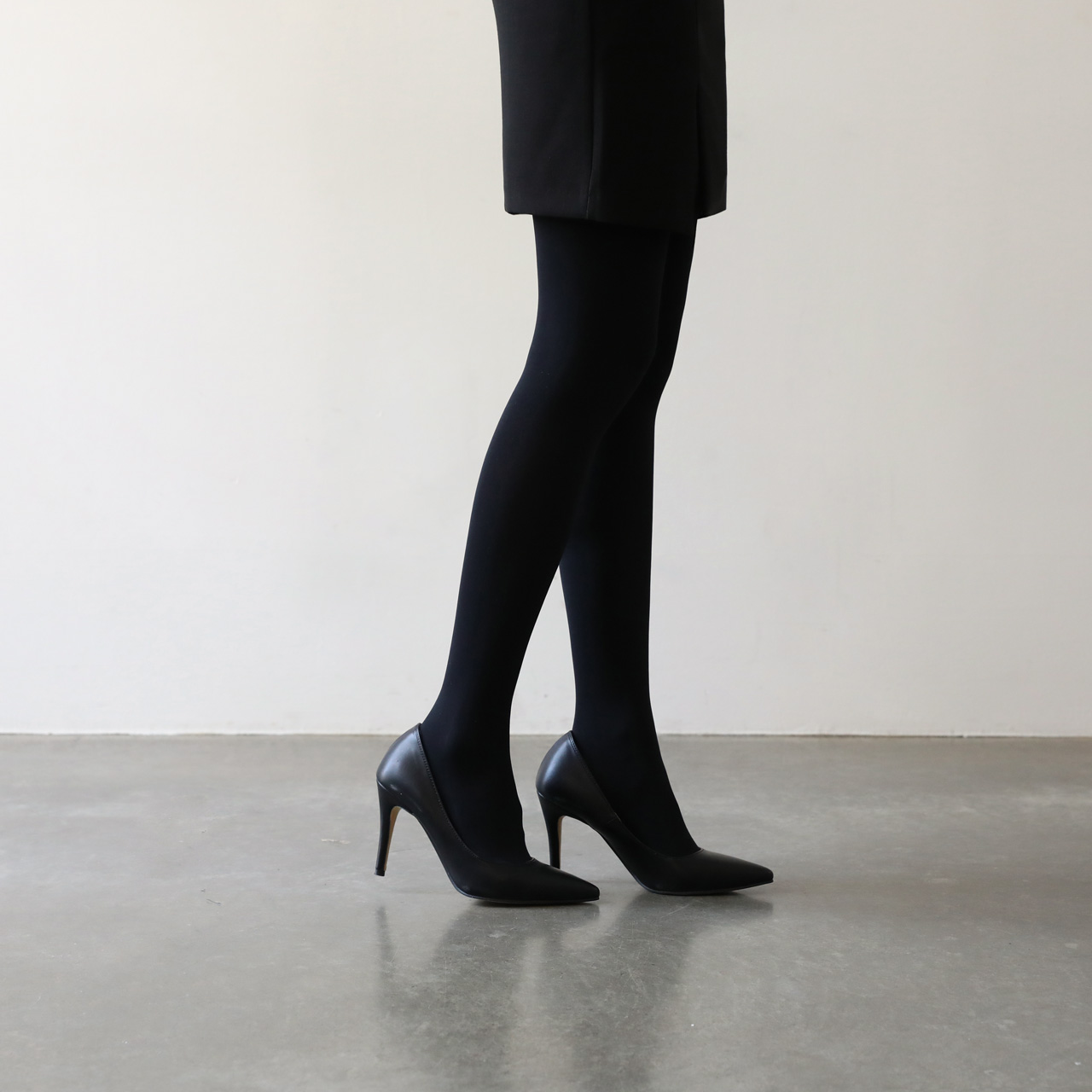 slim black 200D/220D, stocking