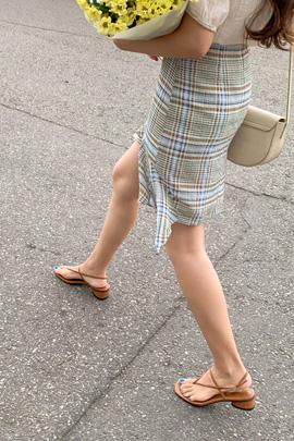 チェックカラースカート