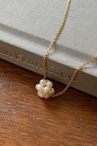 真珠フラワーネックレス