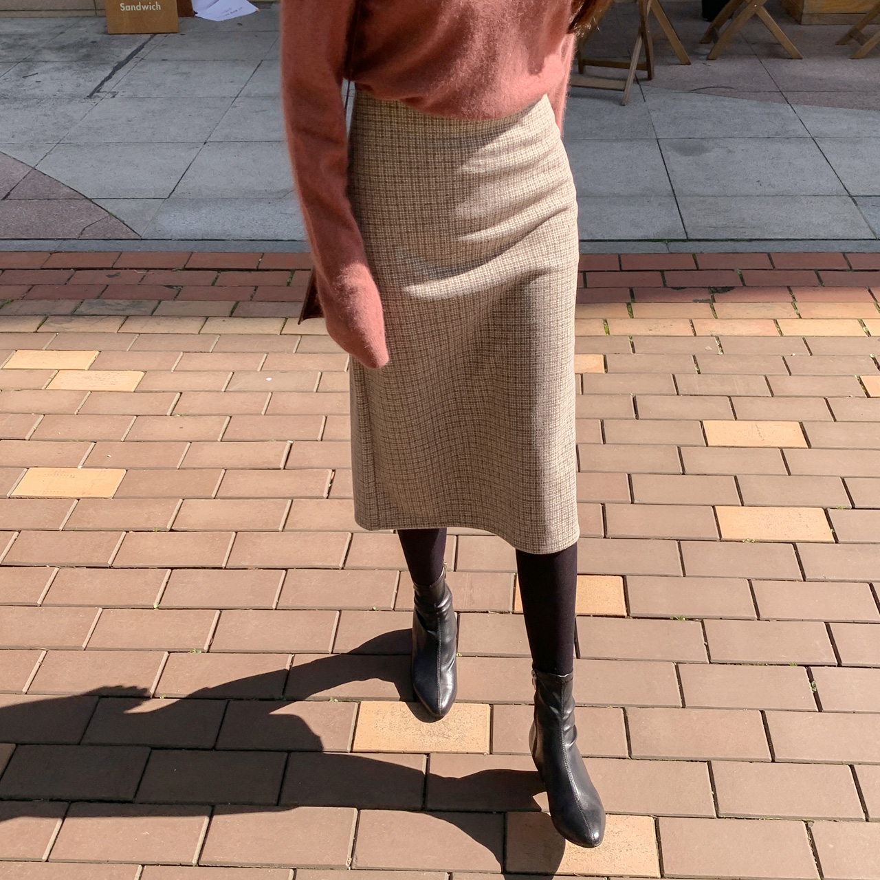 Hラインミディアムスカート