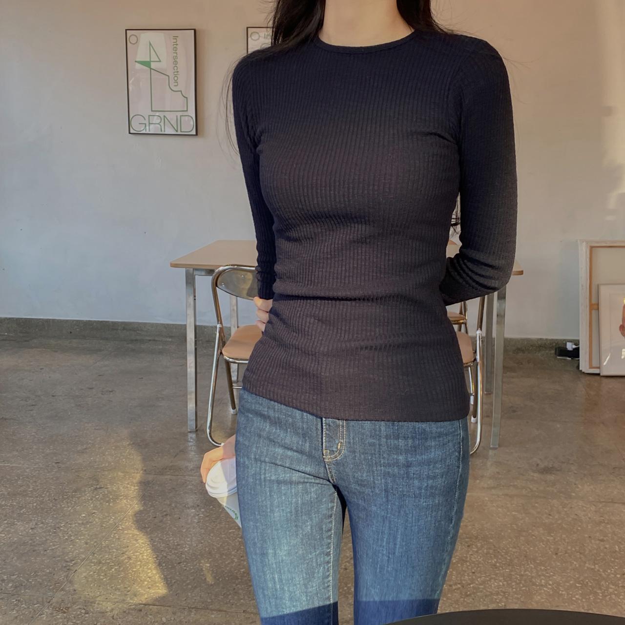 スリムリブTシャツ